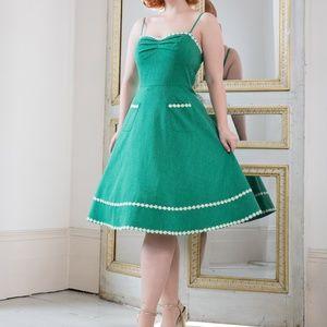 Daisy Flare Dress Green